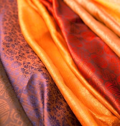 Dekorativne tkanine: Kombiniranje motiva, boja i šara